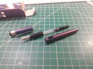003-new-pen-day-diplomat-magnum-prismatic-purple-converter-attached
